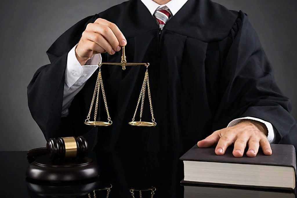 Когда и почему нужна помощь юриста